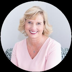 Lisa Woodruff Headshot circle